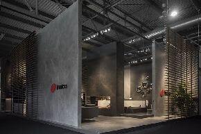 Стенд фабрики Inalco на Миланской мебельной ярмарке